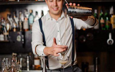 8 Maneras de conseguir trabajo de Barman